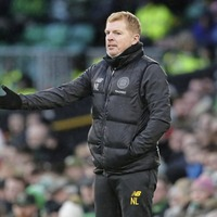 Celtic staff and players volunteer for pay cut