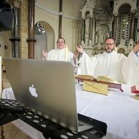 Catholics around the world mark solitary Easter Sunday
