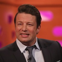 Jamie Oliver joined by Hollywood A-lister in Channel 4 cooking series