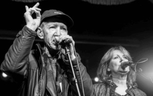 Tributes paid to Katmandu frontman Marty Lundy who died this week