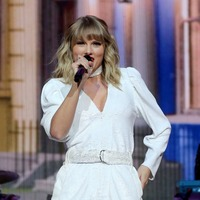 Taylor Swift cancels all live appearances and performances for 2020