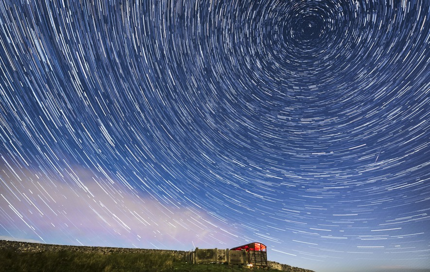 Meteors set to light up night sky tonight