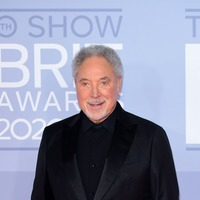 Joanna Lumley and Tom Jones to connect with veterans in BBC's VE Day coverage