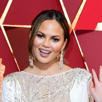 Chrissy Teigen responds to apology from best-selling cookbook author