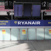 14-day quarantine for travellers 'idiotic' and face masks would 'eliminate' risk of virus spread, says Ryanair boss
