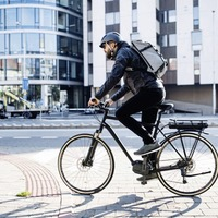 The coolest cycling kit for acing commutes and at-home training