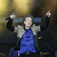 Happy Birthday to you! Sir Mick Jagger congratulates Ronnie Wood