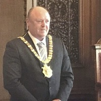 DUP's Frank McCoubrey becomes Belfast's new lord mayor