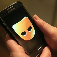 Grindr to remove ethnicity filter following criticism