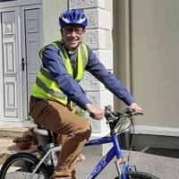 Cycling clergyman beats lockdown to visit parishioners