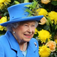 Queen hails 'vital role' at end of Volunteers' Week
