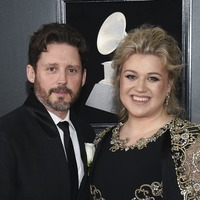 Kelly Clarkson seeks divorce from husband of nearly seven years