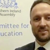 `Urgent guidance needed' from Education Minister Peter Weir on full-time classroom return