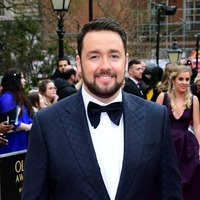 Jason Manford surprises shoppers as Iceland delivery driver