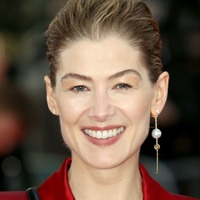 Rosamund Pike used to feel like she was being 'eaten alive' at red carpets
