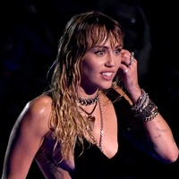 Miley Cyrus opens up on being 'sober sober' for six months