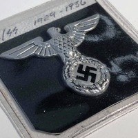 Swastika-emblazoned medals to go under the hammer
