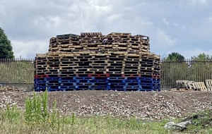 Police meet Larne group over 2,000-pallet bonfire plans