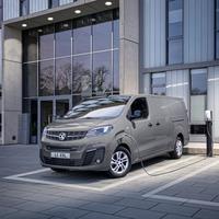 Electric Vivaro-e can tow a one-tonne trailer