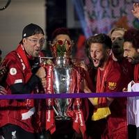 Jurgen Klopp reflects on 'special night' as Liverpool handed league trophy
