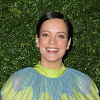Lily Allen 'grateful' as she marks one year being sober