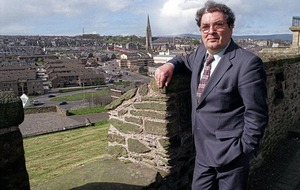 Dalai Lama in tribute to John Hume