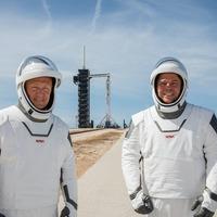 Nasa astronauts tell of first splashdown return in 45 years in SpaceX spacecraft