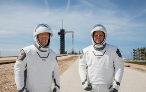 Nasa astronauts tell of first splashdown return in 45 years in SpaceX spacecraft