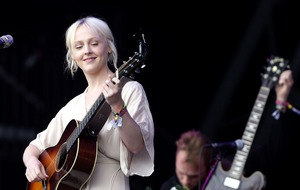 Laura Marling joins BBC Proms' fortnight of live performance