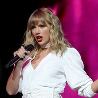 Taylor Swift's Folklore tops UK album chart for second week