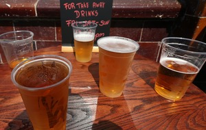 Pubs are perfect storm for spreading coronavirus, academics warn