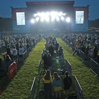 Sam Fender kicks off socially-distanced concert series