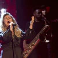 Kelly Clarkson responds to claim her marriage 'didn't work' due to her schedule