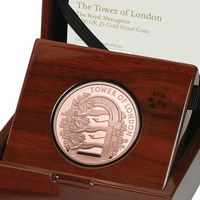 Three lions which made up London's first zoo appear on commemorative coin