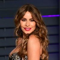 Sofia Vergara sends message to Simon Cowell as he recovers from broken back