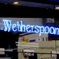 Wetherspoon warns of annual loss as pandemic hits pubs trade
