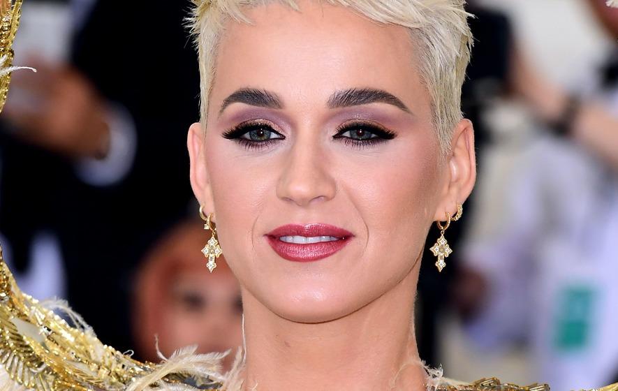 Katy Perry Wears Bra & Underwear In First Selfie Since Giving Birth