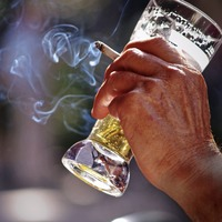 Social smoking 'disproportionately harmful', study suggests