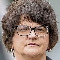 Fionnuala O Connor: Imagine if Arlene Foster showed she is much more than the snide retorts