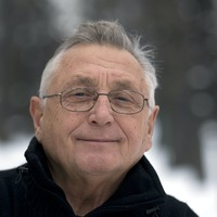 Oscar-winning Czech director Jiri Menzel dies aged 82