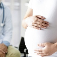 Pregnancy delays onset of MS symptoms by more than three years, study suggests