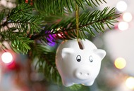 10 easy ways families can save money at Christmas – starting now