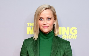 Reese Witherspoon delights fans by sharing throwback selfie with Paul Rudd