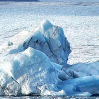 Antarctica would become ice-free if temperatures rise by 10C, study warns