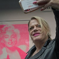 Eddie Izzard and Sex Pistols drummer Paul Cook help launch Icons exhibition