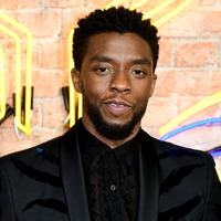 Sienna Miller says Chadwick Boseman gave her some of his pay for 21 Bridges
