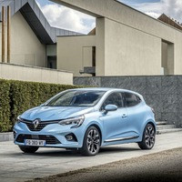 Clever hybrid Clio worth the wait