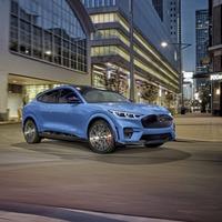 Mustang Mach-E GT coming in 2021