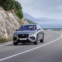 Jaguar F-Pace: Keeping pace