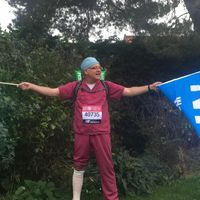 Man to run 25th London Marathon in a row after battling Covid-19 and leg injury
